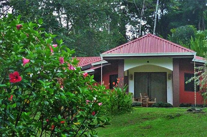 La Cacatúa Lodge – Studio: Eingang