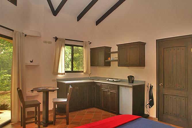 La Cacatúa Lodge – Studio: Küchenzeile