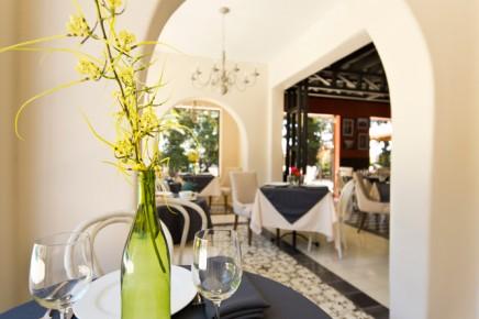 Villa-San-Ignacio-Restaurant(2)