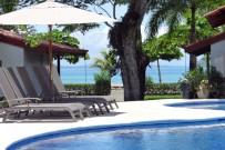 Agua-dulce-resort-pool