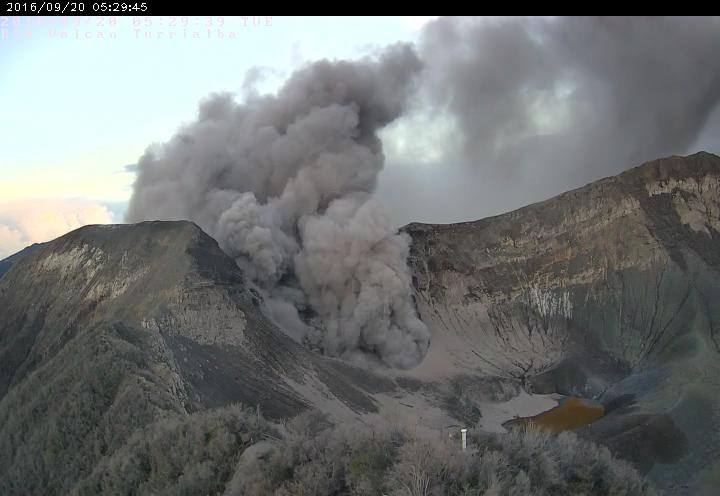 Vulkan Turrialba Eruption, Aschewolke (20.09.2016)