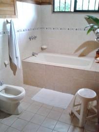 casa_marcellino_bungalow_standard_badezimmer