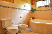 casa_marcellino_bungalow_superior_grose-badewanne