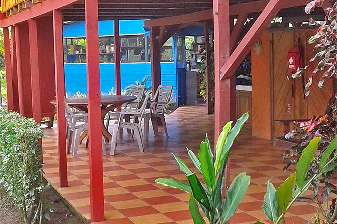 Lirio Lodge Haupthaus Empfang