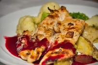lirio_lodge_restaurant_abendessen