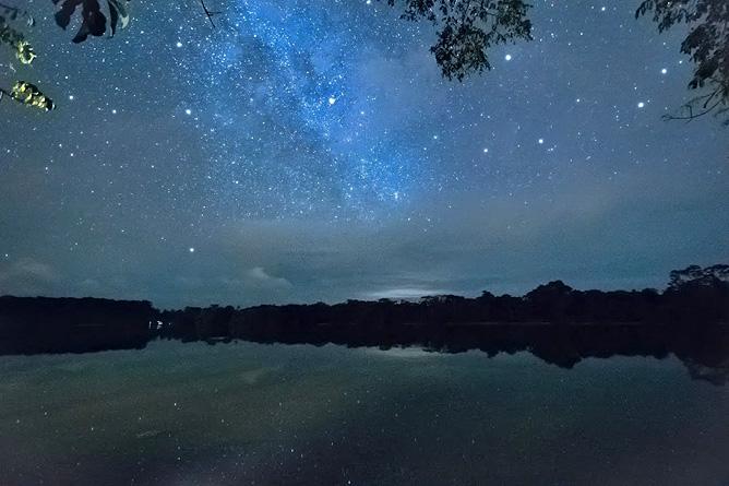 Lirio Lodge sternenklarer Himmel über der Lagune