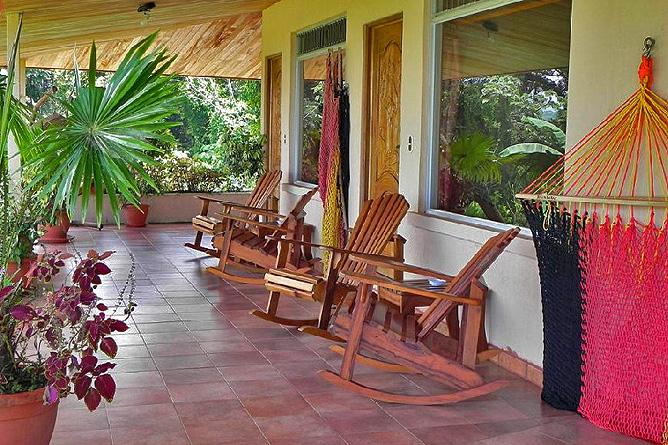 Nephente Bed and Breakfast – Doppelzimmer, Terrassenbereich
