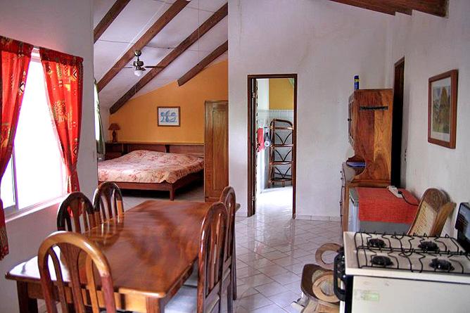 Cañas Castilla – Bungalow Perezoso, Küche