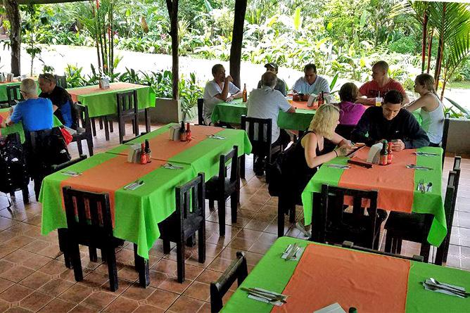 Catarata Río Celeste – Restaurant