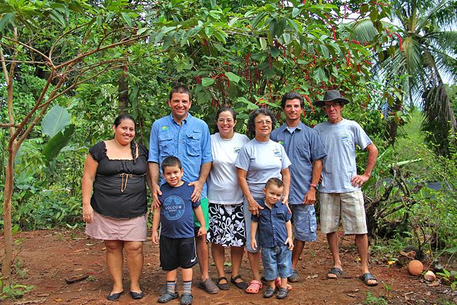 Isla Violín – Familie: Ana, Giovanni, Elisabeth, Isabel, Alberto & Carlos