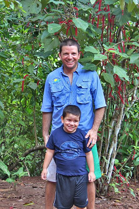 Isla Violín – Familie, Giovanni mit Sohn