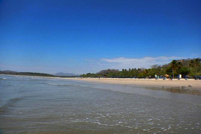 Luna Llena Playa Tamarindo