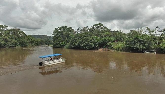 "Maquenque Lodge – Anreise mit der Fähre, Río ""San Carlos"""