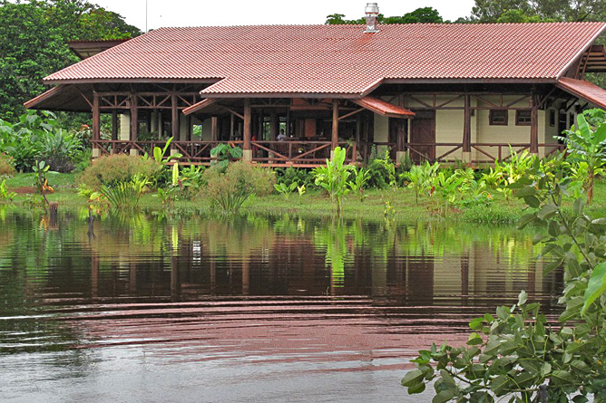 Maquenque Lodge – Restaurant, Blick vom Teich