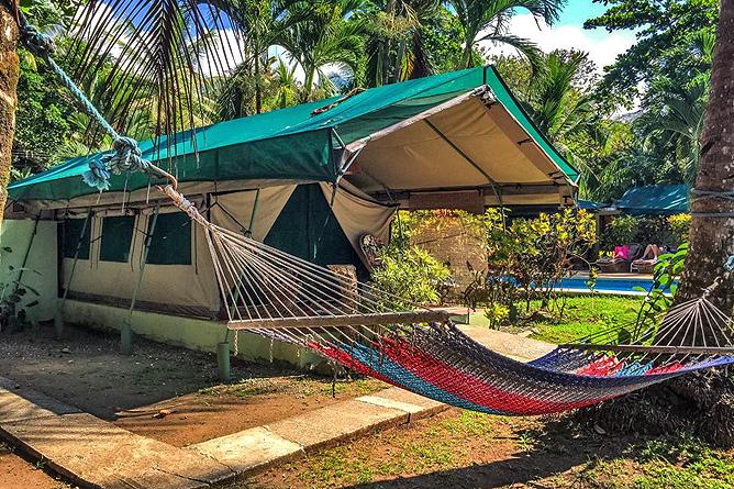 Rafiki Beach Camp – Zelt mit Terrasse