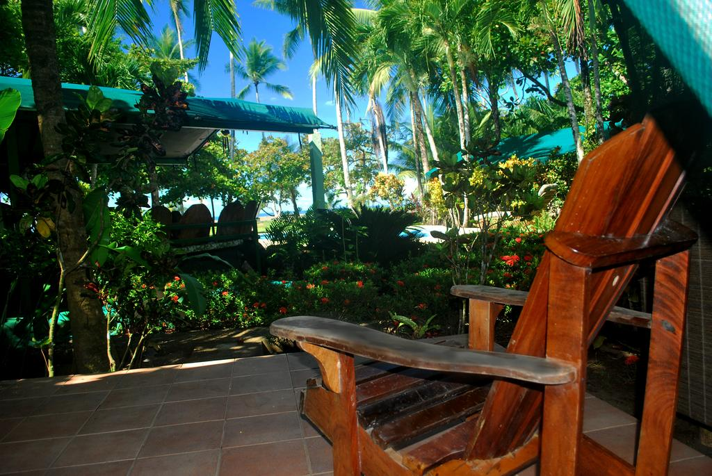 Rafiki Beach Camp_Private Terrasse