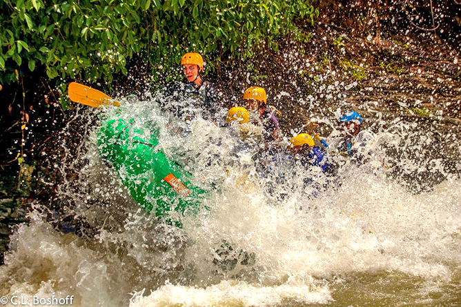 Rafiki Safari Lodge – Rafting