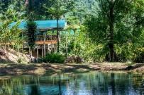 Rafiki-Safari-Lodge_Bungalow_Blick-auf-Lagune