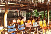 Rafiki-Safari-Lodge_Haupthaus_Terrasse