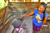 Bri-Bri-Indianer-und-Kekoldi-3_Foto-Cahuita-Tours