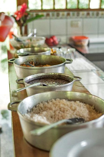 Los Campesinos Eco Lodge – Restaurantküche, Reis und Bohnenpurree