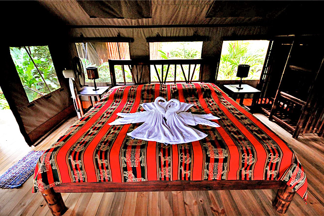 Rio Tico Lodge Safari-Tent-Bungalow Doppelbett