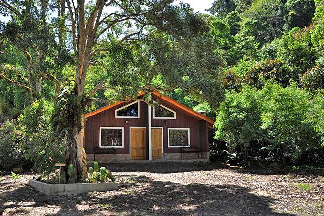 Sueños del Bosque – Cabinas mit Kamin, Aussenansicht
