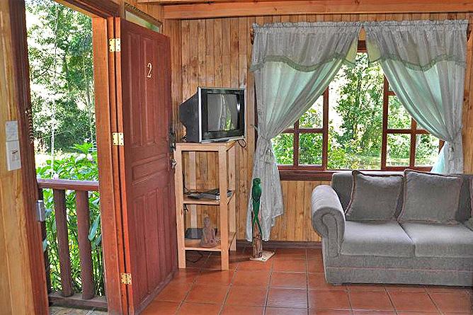 Sueños del Bosque – Cabinas mit Küche, Eingangsbereich