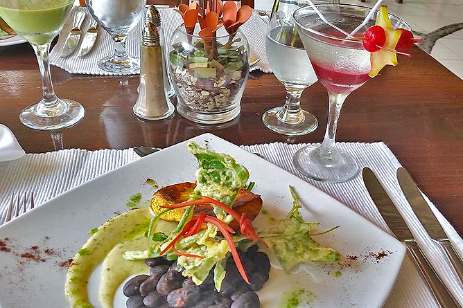 Bahia del Sol Restaurant Dinner und Cocktail