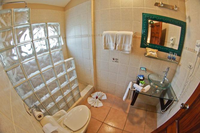 Bahia del Sol Standard-Zimmer Bad
