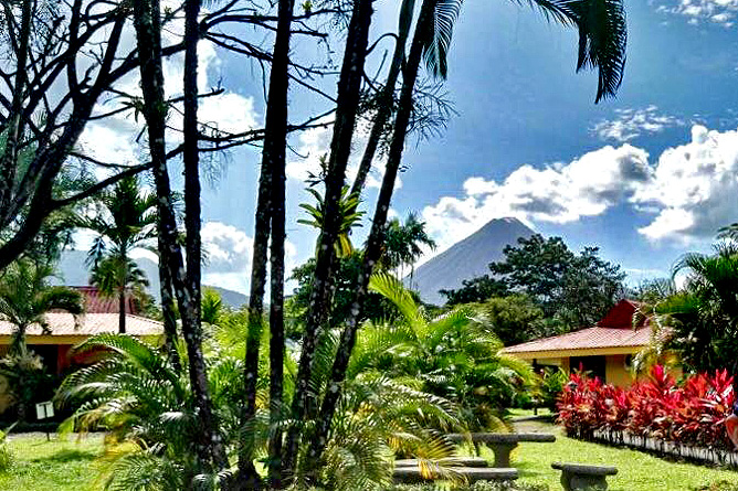 Country Inn Arenal Hotelanlage