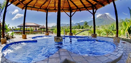 Manoa-Arenal_Hot-Springs-Pool_02-11-2017