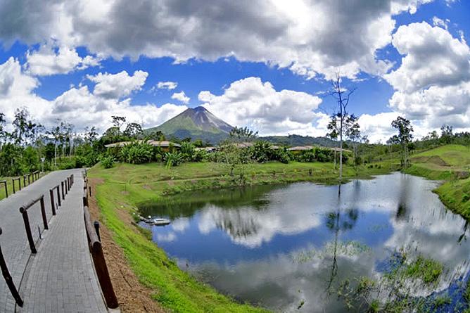 Manoa Arenal Wanderwege durch das Grundstück