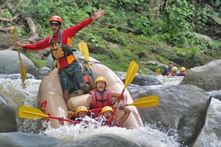 Rafting-Tour_Pacuare_3_Karibik-San-Jose_Micha_10-2017
