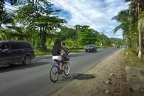 Fahrradfahren-Südkaribik_Fahrradfahren-entlang-der-Kueste_Foto-Christine_15-11-2017.JPG