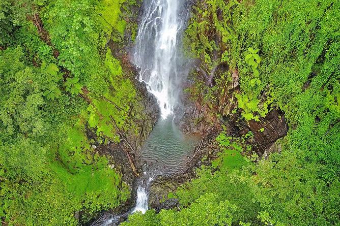 Isla de Coco – Wasserfälle
