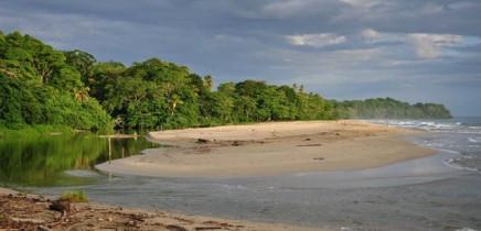 Klima_Costa-Rica_Karibik_Strand_Foto_Lange_2012