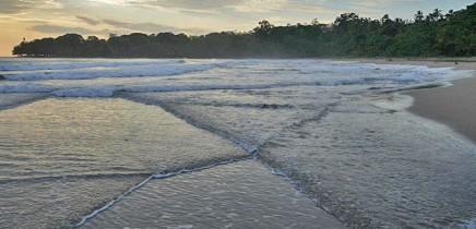 Klima_Costa-Rica_Meeresstörmung_Foto_Lange_2012