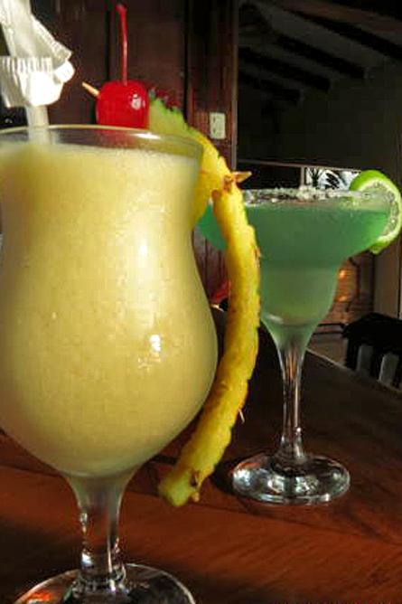 Linda Vista Arenal – Bar, Cocktail