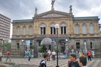Nationaltheater_1_auf der Plaza de la Cultura_Micha 30-11-2017