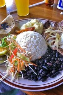 Sodas und Pulperias_Soda_Casado mit Beef Steak_Christine_11-2017