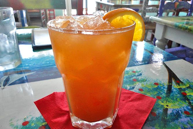 Sodas und Pulperías – Soda in Tamarindo, Saft