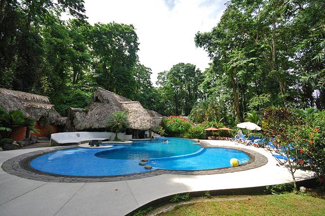 Cariblue Pool