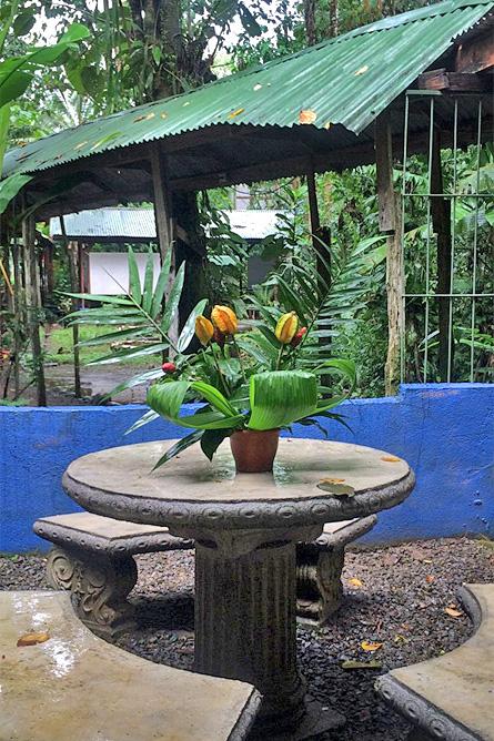 Chilamate Garten Sitzbereich