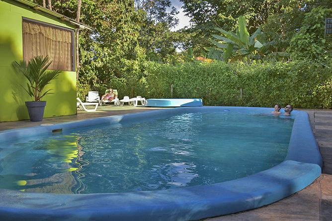 El Icaco Pool
