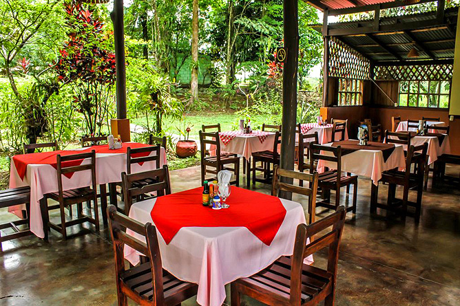 Faro Arenal Restaurant