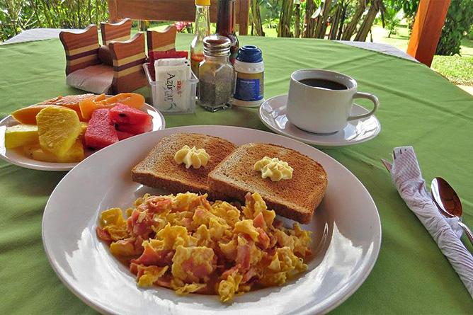 Miradas Arenal Frühstück