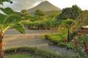 Miradas Arenal Hotelanlage mit Vukansicht