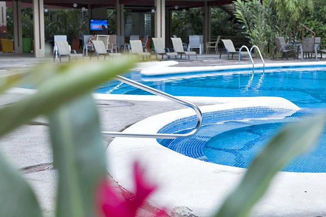 Pachira Lodge – Pool