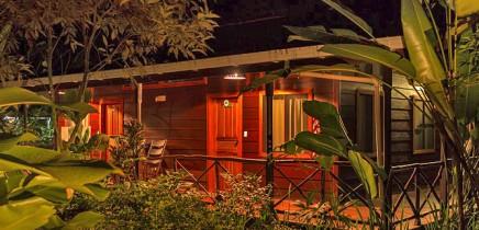 Pachira Lodge_Zimmer mit Terrasse_Abendstimmung_30-11-2017